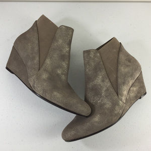 Van Eli Nordstrom 7.5 W Taupe Shimmer Wedge boot